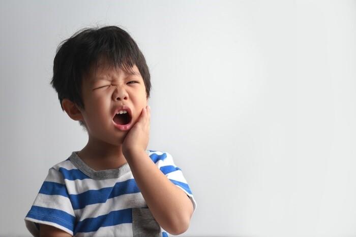 Ảnh hưởng sâu răng sớm ở trẻ