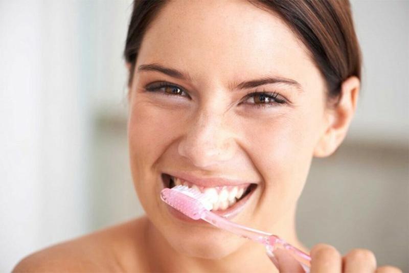 Vệ sinh răng đúng cách là cách hữu hiệu giúp phòng viêm nướu