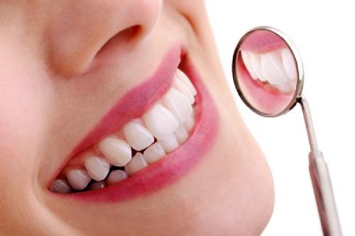 Mang lại tính thẩm mỹ cao cho cả hàm răng và khuôn mặt