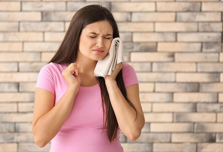 Nguyên nhân gây ra viêm lợi do bọc răng sứ và giải pháp khắc phục