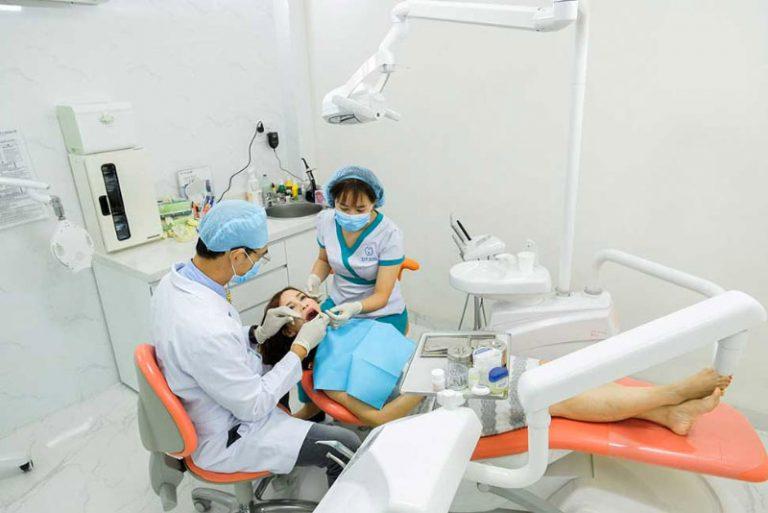 Hệ thống máy móc hiện đại và tay nghề bác sĩ sẽ giúp việc trồng Implant diễn ra nhanh chóng